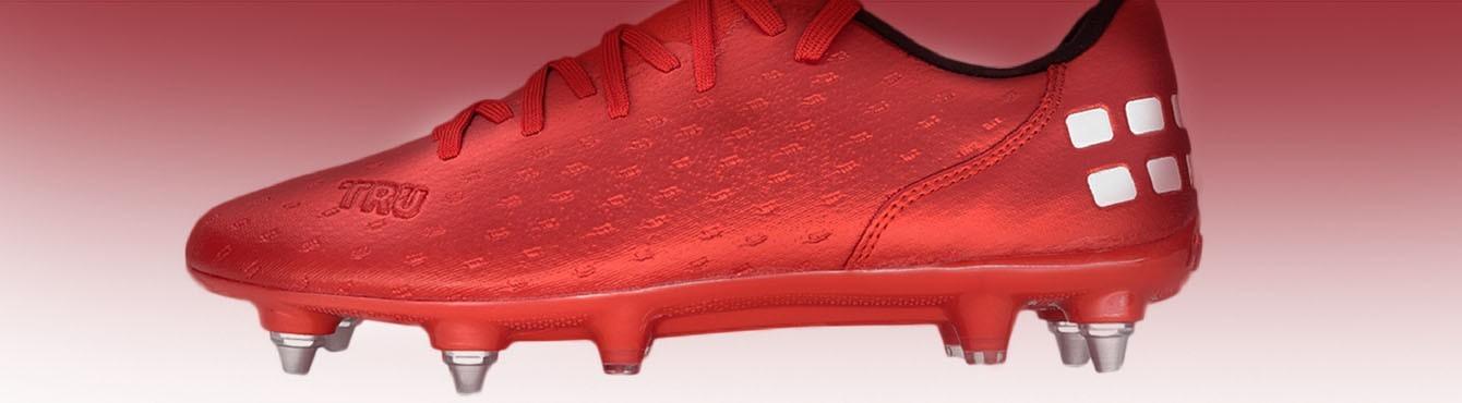 Buty piłkarskie i sportowe. Obuwie treningowe dla każdego.